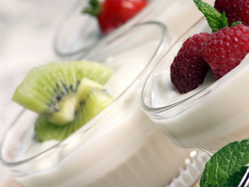 Creamy Coconut & Kiwi Dessert
