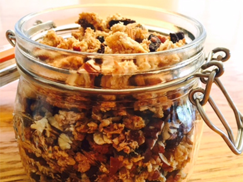Zingy Low Sugar Granola